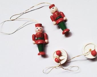 Vintage Christmas Tree Ornaments/Decorations. 2 Wooden Soldiers . 2 Wooden Drums. 1950s tree ornaments. Gold Hearts 1970s. Vintage Xmas Tree