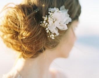 Bridal Hair Comb, Pearl Hair Comb, Wedding Hair Comb, Floral Hair Comb, Crystal Hair Comb, Bridal Headpiece, Wedding Headpiece - Style 412