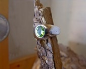 Sterling Silver with Genuine Peridot Stone Band RF694