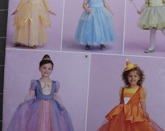 Simplicity 1303 Toddlers and Childs Costumes (uncut) in Sizes 1/2-2