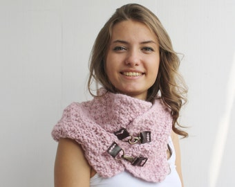 Handmade knitted Pink Wool Chunky Loop Cowl Collar with leather link Scarf Christmas gift