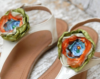 Happy shoe clips flowers , Colorful Flower Shoe Clips, green orange flowers