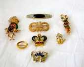 LOT of 8 Brooches, rhinestones, Cloisonné, enamel on gold toned or plated pins