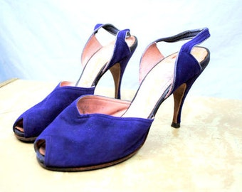 RARE PURPLE Vintage 1940s Suede Slingback Peep Toe Heels Pumps Shoes - Delmanette