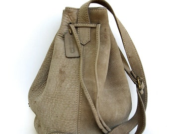 vintage coach pebbled nubuck taupe leather bucket bag ... with surface issues  ...  made in italy