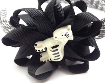 Zebra Hair Bow Headband, Black White Headband, Zebra Print Headband, Handmade Hair Bow, Girls Headband, Girls Accessories, Gifts for Her