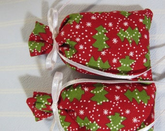 "Christmas Red 3""X2"" Sachet-'HoHoHo' Fragrance-Holiday Green Tree Unisex Sachet-White Ribbon-Cotton Fabric Sachet-Cindy's Loft-415"