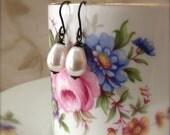 Teardrop Pearl Earrings Dark Patina White Dangle Earrings Modern Minimalist Pearl Jewellery