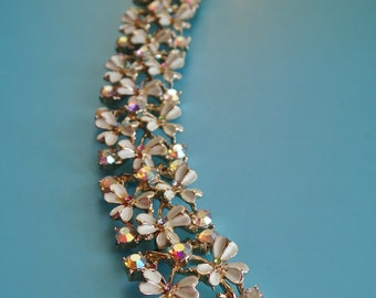 Lovely  1950's Coro copyright Spectacular vintage ivory Flowers & Sparkling AB crystals bracelet - -art.516/3-