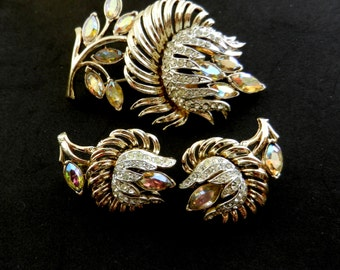 1958 Vintage Coro Lobelia AB Rhinestone Demi Parure  - Brooch Earrings Flower  set for collection -  Art.730/3--