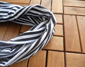 Black and White Infinity Scarf/Black and White Stripe  Mobius Scarf