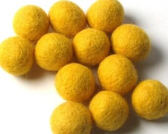 Pack 12 Sunshine Yellow Hand Felted Wool Felt Balls 1.5 CM Handbehg Felts Fiber Crafts