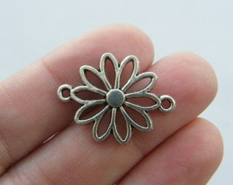 8 Flower connector charms antique silver tone F78