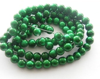 104 Green glass beads B97