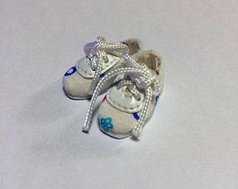 White Polka Dot Casual Shoes for BJD Dolls Lati Yellow, PukiFee, Riley Kish, Tulah Kish, Bobobie Nissa, DIM Silf, Dollk S00071C