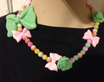 Blossoms and Bows Stretch Necklace