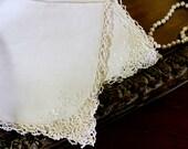 5 Large Linen Napkins - Light Ecru Dinner Serviettes - Embroidered Corner 11902