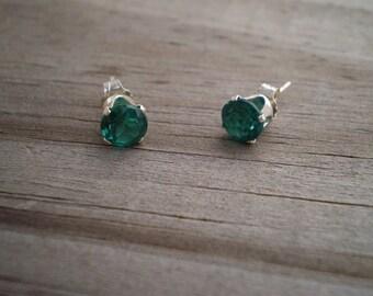 Simulated Emerald Stud Earrings 6mm