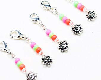 Girls Party Favors. Beaded Flower Charm. Birthday Party Favour. Loot Bag Charm for Girls Birthdays. BSC048