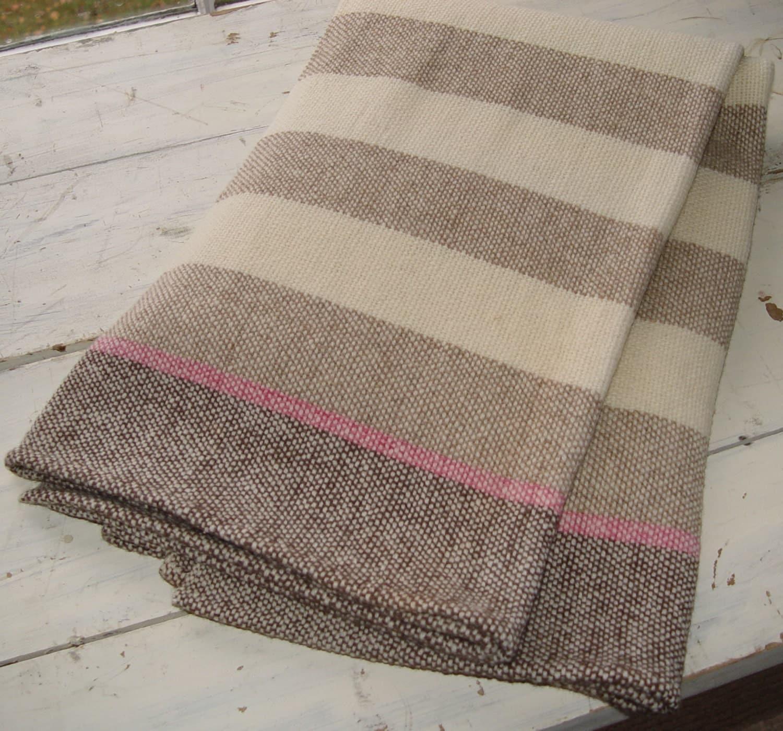 hand woven merino wool blanket by nordtfamilyfarm on etsy. Black Bedroom Furniture Sets. Home Design Ideas