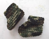 CAMO Baby Boot.....Newborn, 0 to 3 Month and 3 to 6 Month size...Roll Down Cuff...Baby Boy...Baby Girl...Warm & Soft for Baby...Fall