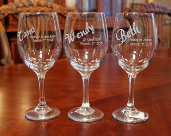 14 Engraved Wine Glasses, Bridesmaid, Maid of Honor Wine glasses, Personalized Wine Glasses, Bridal Party Wine Glasses, Wedding Wine Glasses