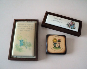 3 Tiny Joan Walsh Anglund and Betsey Clark Wall and Desk Plaques