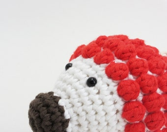 Crochet amigurumi hedgehog soft baby rattle - organic cotton - red and white