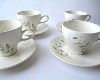 Vintage Teacups and Saucers Universal Alaskan Poppy Alf Robson Floral Set of Four
