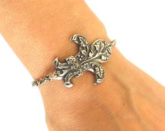 Fleur-de-lis Bracelet- Sterling Silver Or Antiqued Brass Finish- Fleur de lis