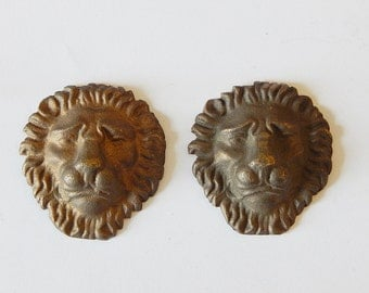2 lion faces vintage metal decorations