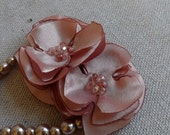 Pearl Bracelet with Flower Duo in Rose Satin