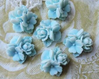 15%off  404-00-CA   6pcs Beautiful Star Flower Cabochon - Blue / White