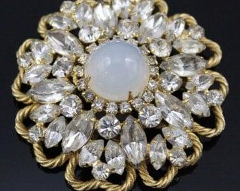 SCHREINER Brooch Pin Sugarloaf Moonstone Glass Cabochon Large Unsigned Vintage 1950s
