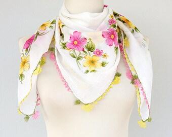 Needlework scarf Turkish lacework Cotton gauze spring scarf Yemeni handmade oya square scarf