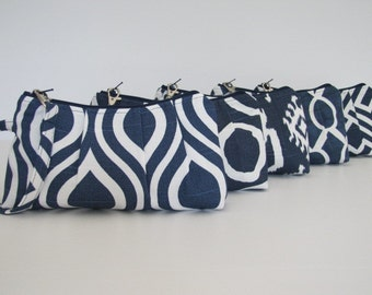 Set of 4  Navy Bridesmaid Wristlet, Bridesmaid Clutch, Navy Wedding - Your Choice Fabric