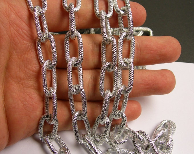 Silver chain - 1 meter-3.3 feet  - made from aluminum - textured - big oval link -  NTAC131
