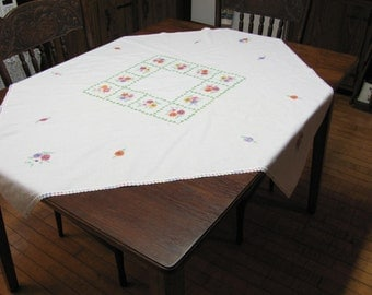 Vintage Hand Embroidered Floral Square Cotton Kitchen Tablecloth