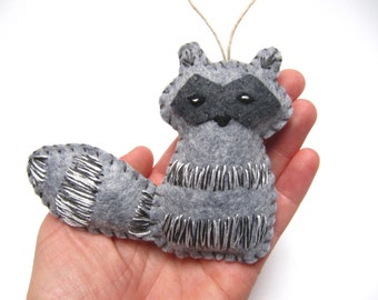Personalized Raccoon Christmas Ornament, Raccoon Ornament, Wool Felt Christmas Ornament, Woodland Animal Felt Raccoon Ornament