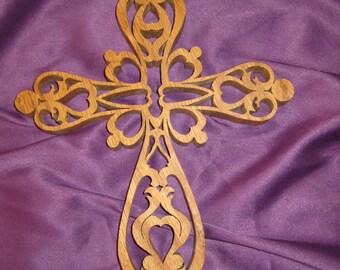 Detailed oak cross