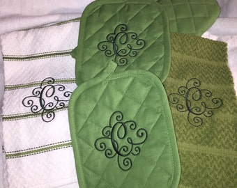 Personalized Kitchen Set potholders towels oven mit green