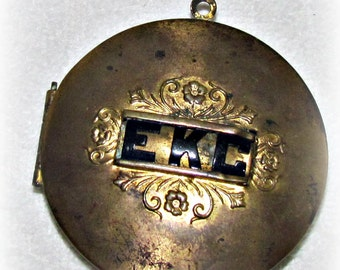 Antique/Victorian Locket Free Shipping.