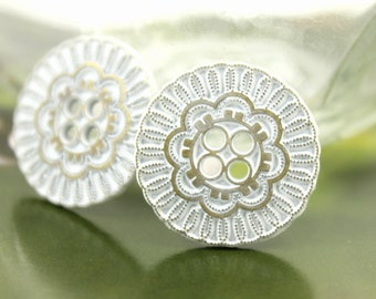 Metal Buttons - White and Brass Flower Bloom Metal Hole Buttons - 0.91 inch - 10 pcs