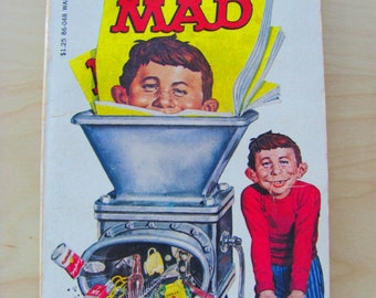 The Recycled Mad 32 Vintage Paperback Book Comic Comics William M Gaines Non Fiction 1960s Classic Comedy Jokes Illustration Spy vs Spy