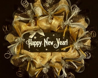 Happy New Years, New Years Eve Wreaths, Black Gold Silver Wreaths, Deco Mesh Wreaths (1412)