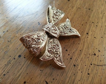 Vintage Ornate Bow Brooch Pin Gold Tone Metal