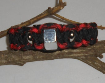 Masculine man's hex nut paracord braclet