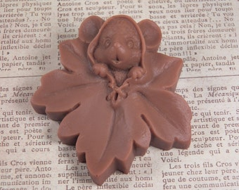 mouse & leaf soap glycerin soap scented in Cashmere and silk
