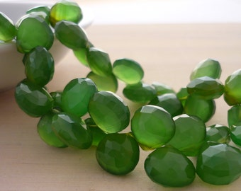 Pretty olive parrot green chalcedony faceted heart briolette beads 10-11mm set of 6