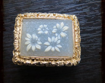 Vintage French Golden brooch with flowers